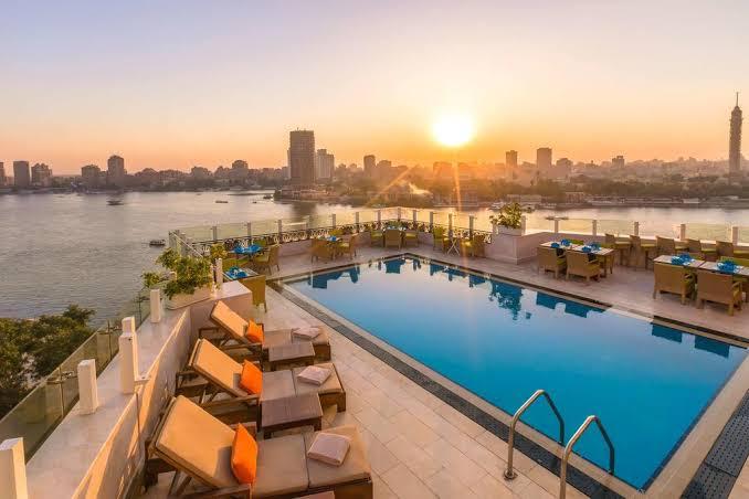 أشهر فنادق في القاهرة على النيل