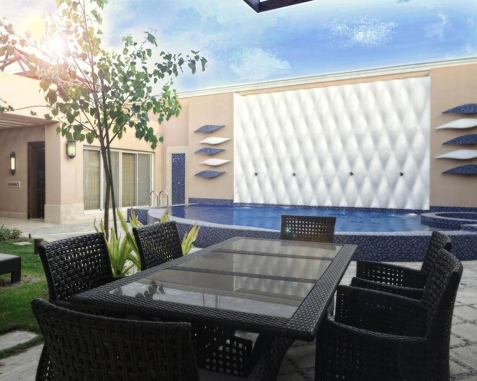 فندق مع مسبح خاص الرياض