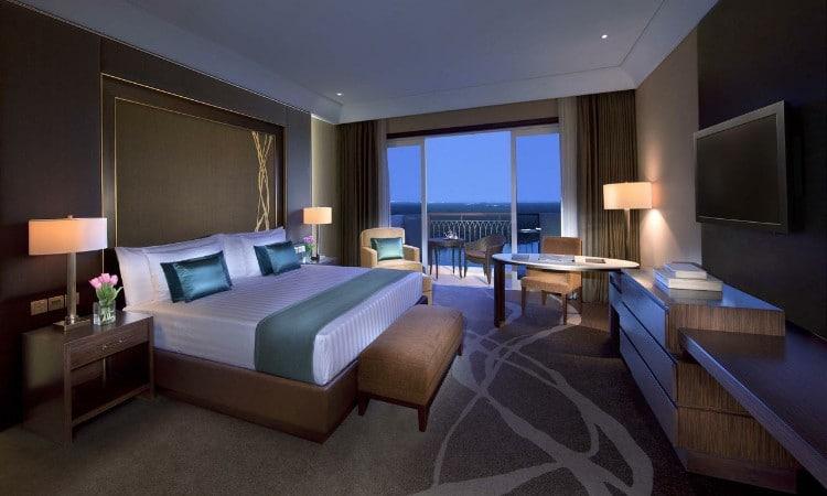 تعرف على اجمل فنادق ابوظبي مع مسبح خاص