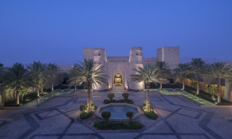 افضل فنادق ابوظبي مع مسبح خاص