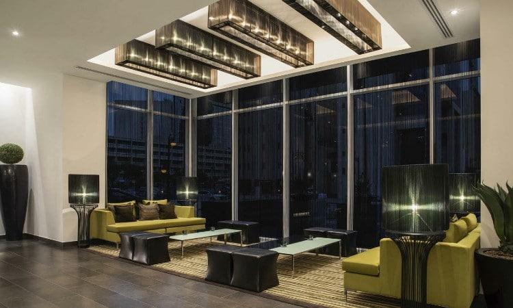 جميع فنادق شارع التحلية الرياض على طراز أنيق