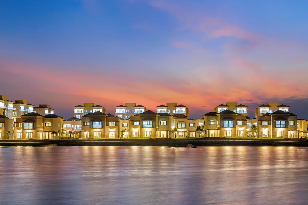 فنادق في جزيرة امواج البحرين