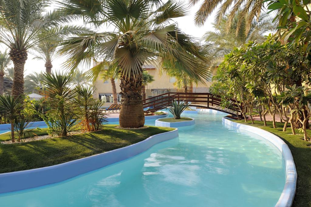 فنادق قريبة من الافنيوز الكويت