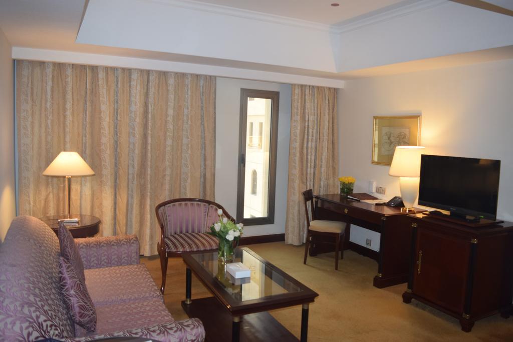 موفنبيك الفنادق القريبة من بوابة النساء في المدينة
