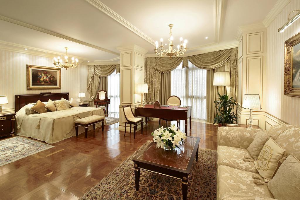 فنادق الكويت المطلة على البحر