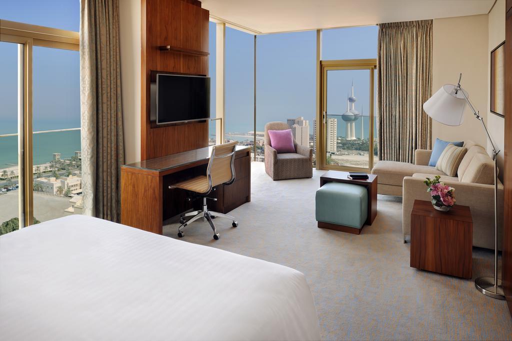 فنادق الكويت بالقرب من سوق المباركية