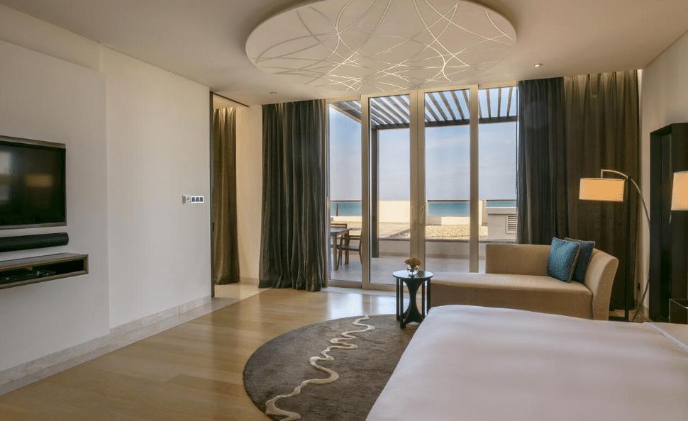 فنادق ابوظبي على البحر