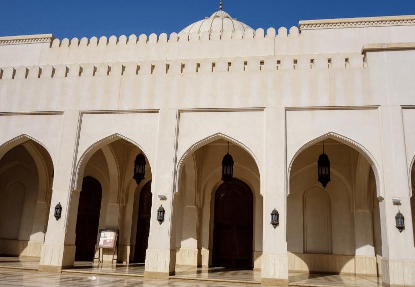 قصر الحصن صلالة