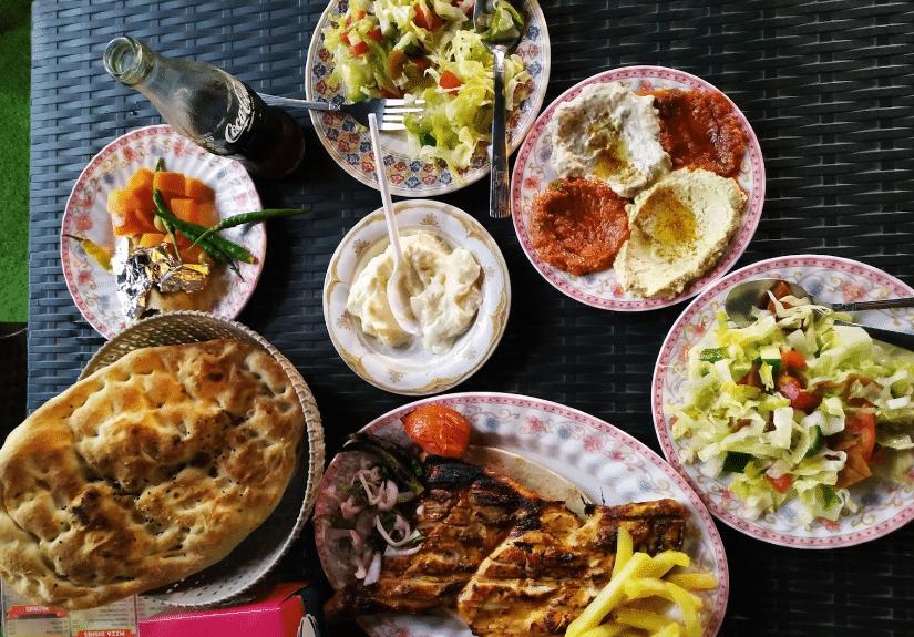 مطاعم في الخوض